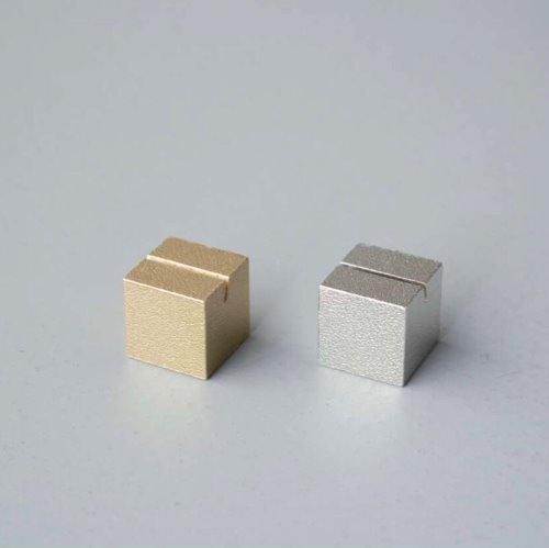 Brass Cardstand (CUBE)