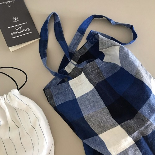 Linge Particulier Linen Shoulder Bag (Blue Tartan Check)