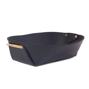 [재입고 예정] Leather and Brass Basket (BLACK)