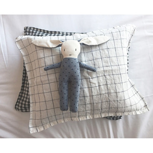 Linge Particulier Petite Linen Cushion (White+Navy Large Checks)