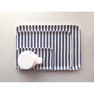 Linen Coating Rectangular Tray (White Blue Stripe, M)