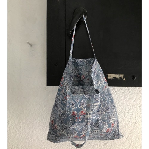 [2차 프리오더] Liberty Cotton Flat Bag (Strawberry)